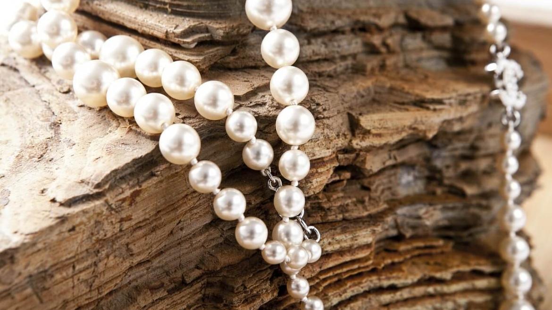 Милиумите – белите перли на лицето