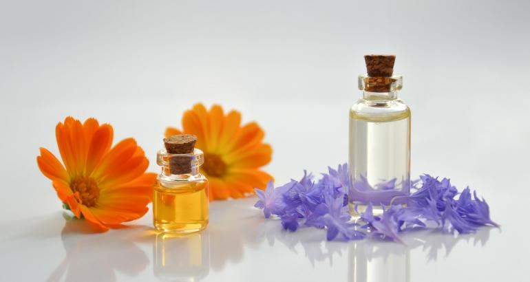 Почистване  и подхранване  на лице с парафин