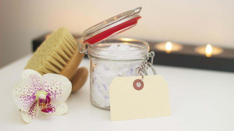 Използването на четка за тяло и ползите за кожата