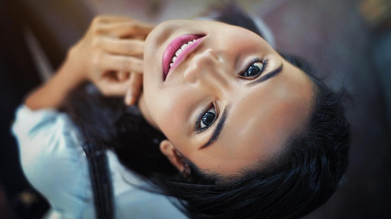 Микрокурент терапия за намаляване на фините линии и бръчки