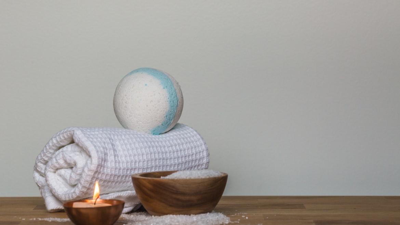 Терапия с топла вана и английска сол