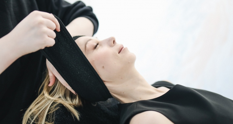 Фракселна лазерна терапия за неравна текстура на кожата