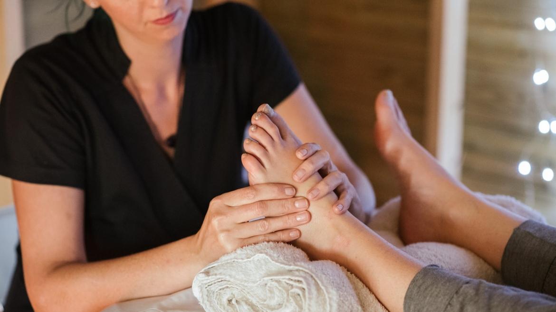 Рефлексотерапия за лечение на кожни проблеми